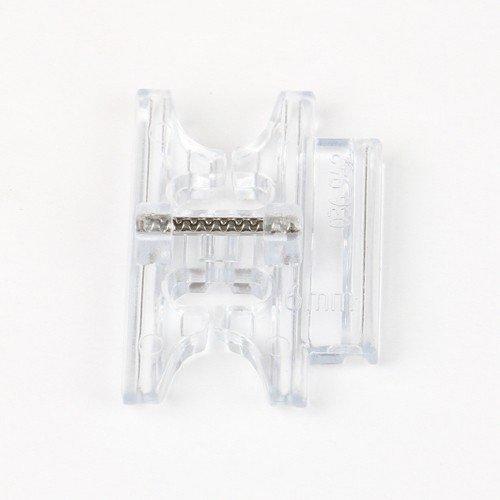 Biasbandhouder (instelbaar) geschikt voor vele naaimachines van DORINA, MEISTER, BROTHER, W6, SINGER, CARINA, AEG, JANOME, JUKI, DORINA, MEISTER, RICCAR, SILVERCREST, PRIVILEG, E&R, NEW HOME, BERNETTE, HOBBY, BLAUPUNKT
