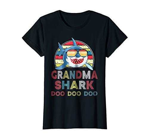 Womens Retro Vintage Grandma Shark Doo Doo Doo Shirt Christmas Gift