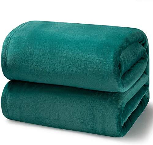 Bedsure Fleece Blanket Queen Size Emerald Green Lightweight Super Soft Cozy Luxury Bed Blanket Microfiber