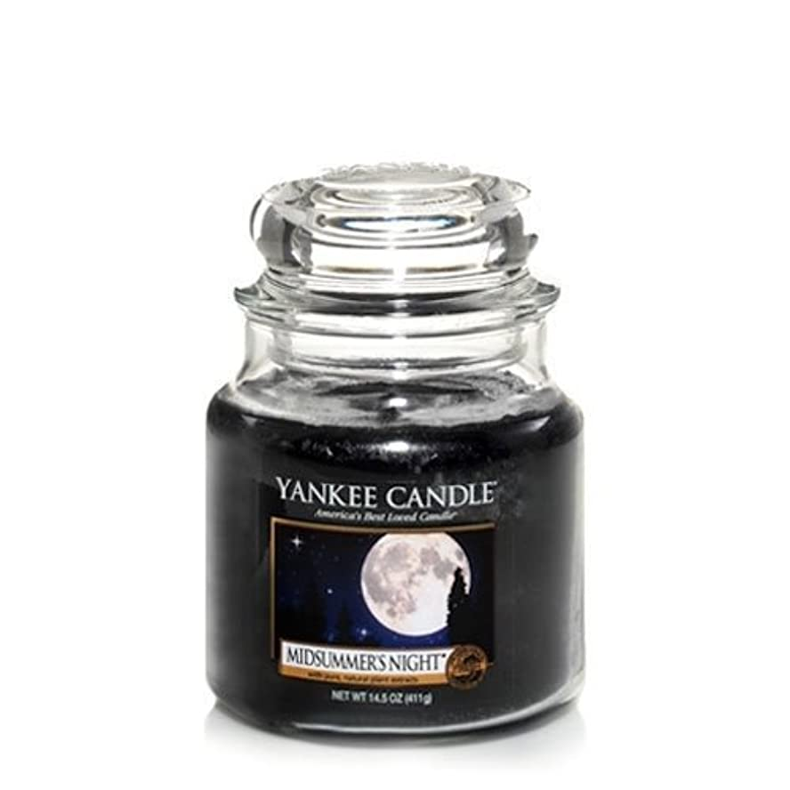 遺伝子ジョガー上級Yankee Candle Midsummer's Night Medium Jar Candle, Fresh Scent by Yankee Candle [並行輸入品]