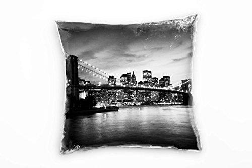 Paul Sinus Art Urban & City, noir, blanc, New York, soirée, coussin décoratif 40 x 40 cm pour canapé, canapé, salon, coussin décoratif – Décoration de bien-être
