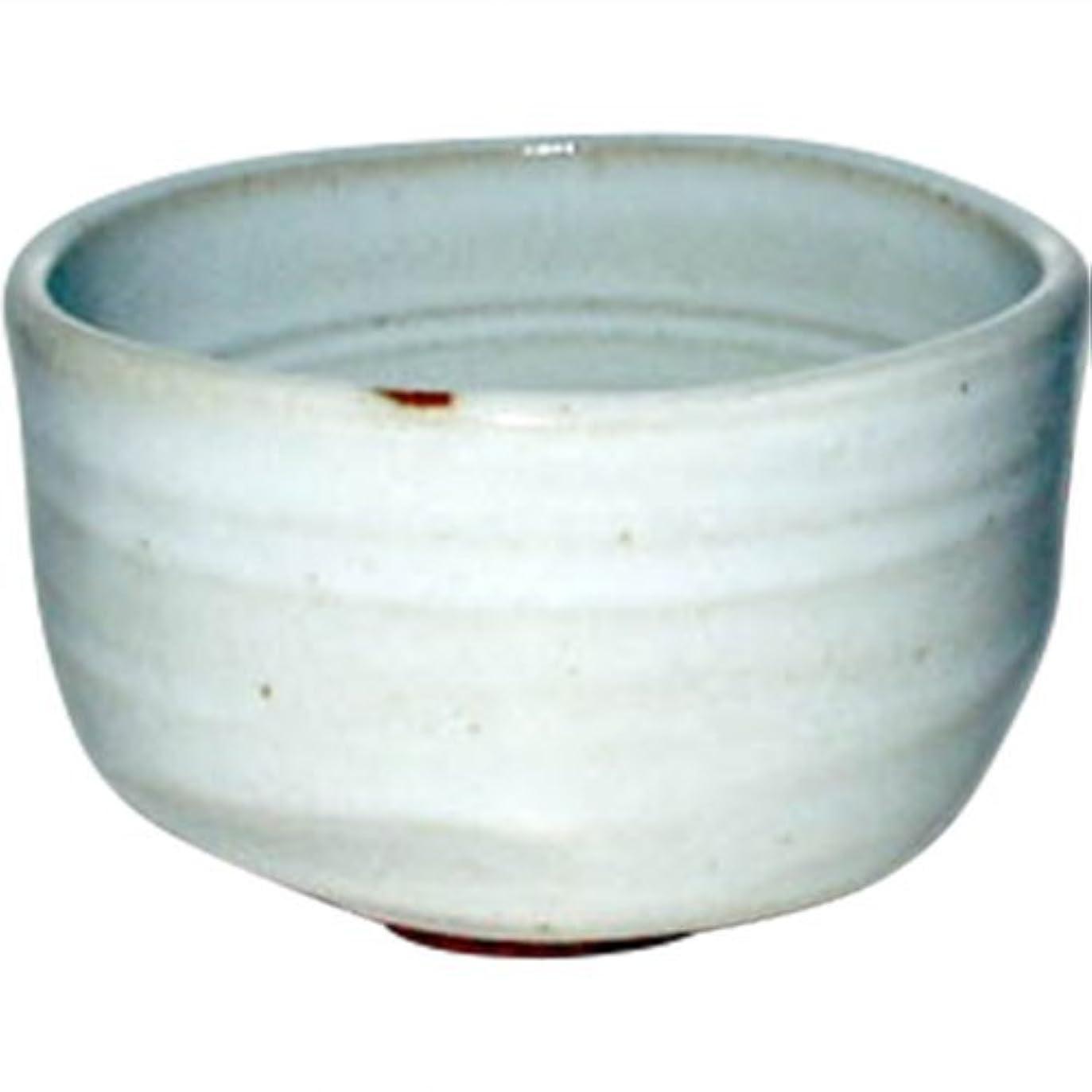 親指反対した接地抹茶茶碗 : ワラ白 野点碗/有田焼 Japanese Soup bowl Pottery/Size(cm) Φ10.2x6.2/No:318507