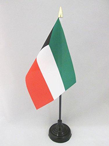 AZ FLAG TISCHFLAGGE Kuwait 15x10cm goldene splitze - KUWEITISCHE TISCHFAHNE 10 x 15 cm - flaggen