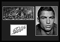 10種類! クリスティアーノ・ロナウド/Cristiano Ronaldo /サインプリント&証明書付きフレーム/BW/モノクロ/ディスプレイ/3W (02) [並行輸入品]