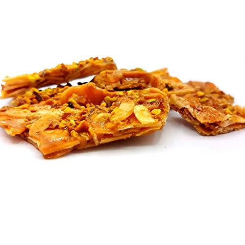 Croccante di mandorla e pistacchi in box regalo a cofanetto (gr.400). Rarezze: pasta di mandorle e cannoli da pasticceria artigianale siciliana.