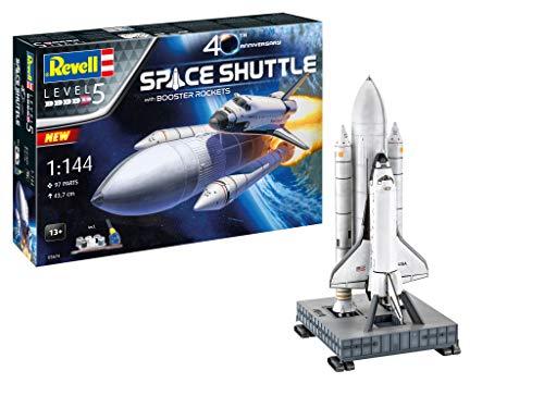 Revell 05674 Geschenkset NASA Space Shuttle mit Trägerraketen, Jubiläumsset, Raumschiffmodell 1:144, 43,7 cm originalgetreuer Modellbausatz für Experten, mit Basis-Zubehör, unlackiert