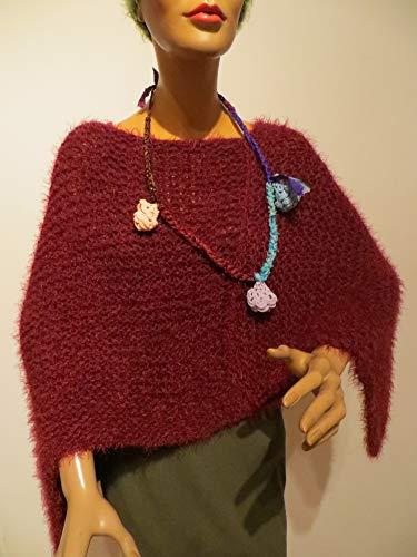 Damen Poncho rot, brombeer, kuschelweich,handgestrickt, alle Ponchos kann man auch unter einem Mantel - Jacke tragen