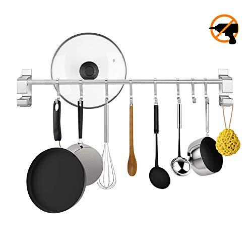 KINLO mattsilber Küchen Stange für Küchenutensilien, Küchenleiste 60cm Hängeleiste mit 8 Hacken, Ohne Bohren Küchenreling Küchenhelfer Kochzubehör Tassenhalter Pfannehalter