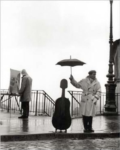 Close Up EIN Musiker im Regen Kunstdruck Robert Doisneau (24cm x 30cm) + Ü-Poster