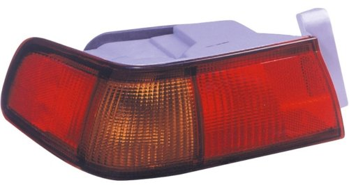 Toyota Camry Replacement Tail Light Assembly - Driver Side