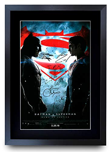 HWC Trading Poster Batman Vs Superman The Cast Ben Affleck Henry Cavill mit Autogramm, gerahmt, A3