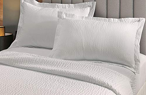 Lightweight Coverlet Set - White Rippled Texture - Exclusive to Courtyard Hotels, Fairfield by Marriott and Residence Inn