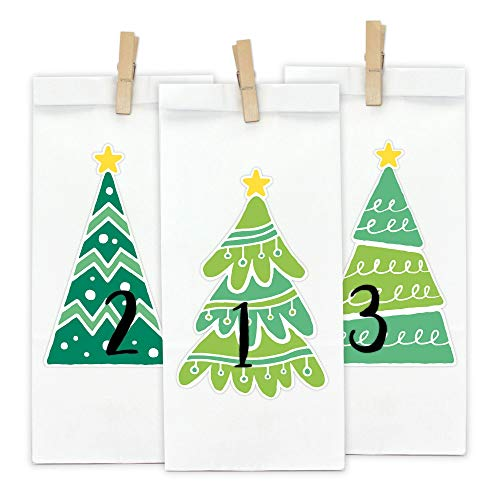Papierdrachen DIY Adventskalender Kraftpapier Set - Tannenbäume zum Aufkleben - mit 24 weißen Papiertüten zum selbst Befüllen und zum Selbermachen - Weihnachten 2018