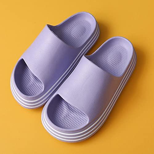 MDCGL Comodas Transpirable Pantuflas Zapatillas deslizantes de Almohada Unisex para Mujer y Hombre, Zapatos Gruesos Antideslizantes con Punta Abierta, Zapatillas de baño para Pareja, púrpura EU34-35