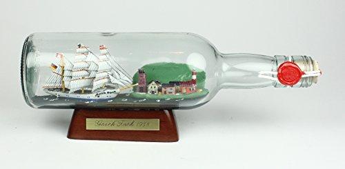 Gorch Fock 500 ml runde Flasche Buddelschiff mit Landschaft