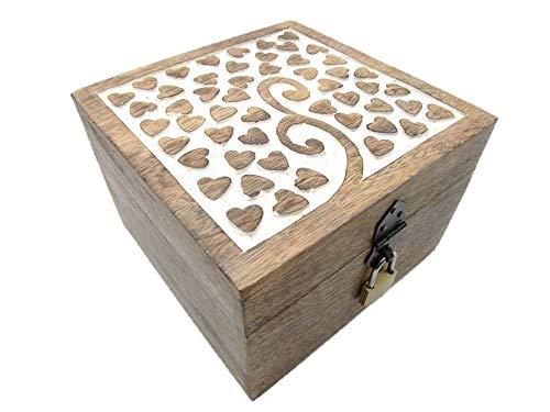 Holzspielzeug-Tom 24 Truhe mit Schloß Holztruhe Schatzkiste mit Schloss Schatztruhe Geschenk Geschenkbox Geburtstagsgeschenk verschließbar abschließbar mit Deckel (24 MS Herz 18x18x12 cm)