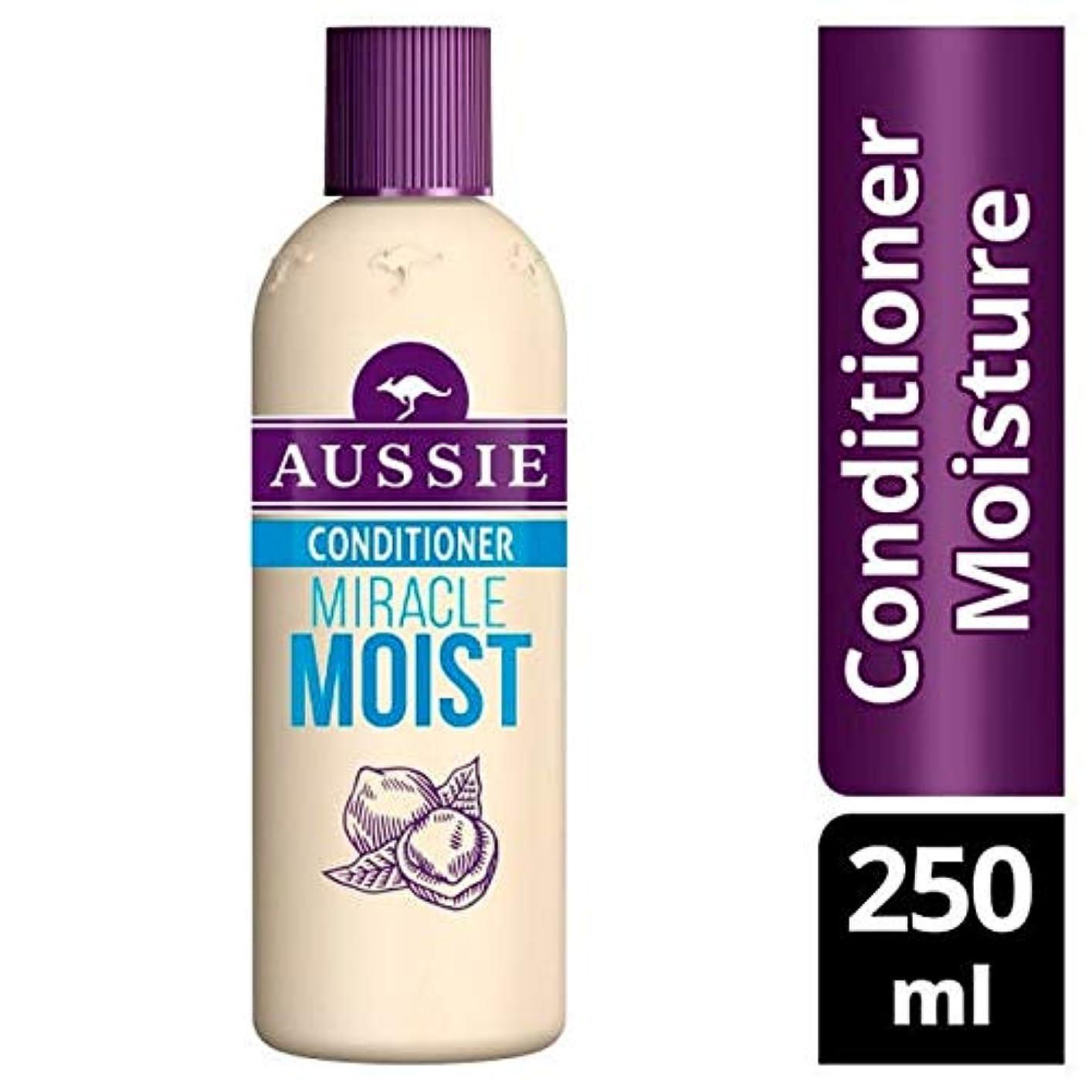 男らしい成分ディレイ[Aussie ] オージー奇跡しっとりコンディショナー250Ml - Aussie Miracle Moist Conditioner 250ml [並行輸入品]