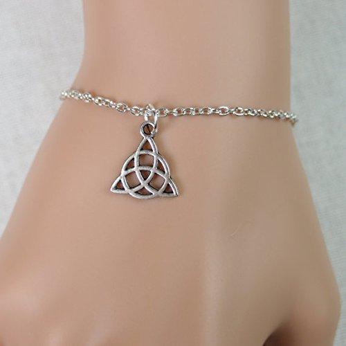 Tiny Celtic Trinity Knot Bracelet, Antique Silver Celtic Trinity Knot Charm, Irish Celtic Jewelry, Celtic Triquetra, Adjustable Bracelet