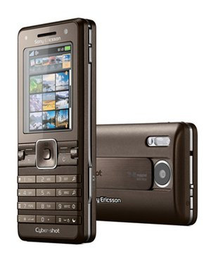 Sony Ericsson K770i Unlocked Cell Phone with 3.2 MP Camera, Media Player, International 3G, M2 Memory Slot-International Version with No Warranty (Beige)