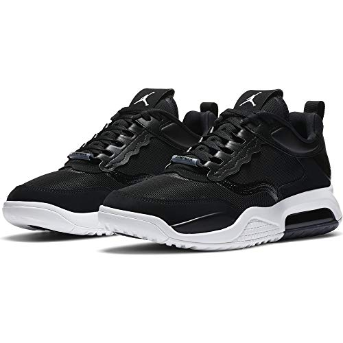 Nike Damen Jordan MAX 200 Laufschuh, Black White, 44 EU