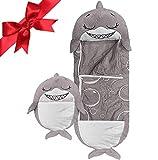 beautgreen Almohada y saco de dormir para niños, 2 en 1 con dibujos animados de animales, divertido saco de dormir sorpresa gris tiburón (3-6 años)