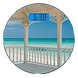 Digitale Präzisionswaage für das Körpergewicht Runde Weißer Dekor Ultra dünne ausgeglichenes Glas-Badezimmerwaage-genaue Gewichts-Maße,Varadero-Strand in Kuba von einem hölzernen Schein-Terrassen-Bild