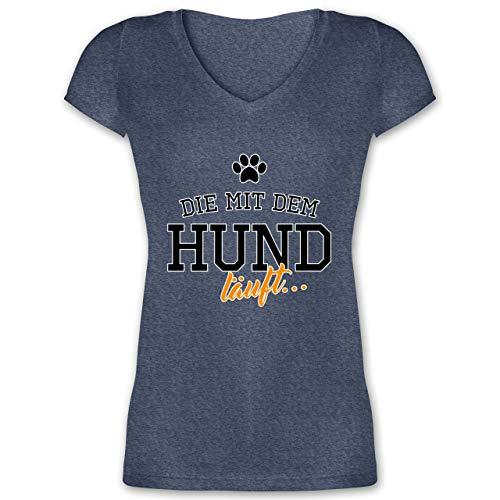Hunde - Die mit dem Hund läuft - 3XL - Dunkelblau meliert - Pfoten - XO1525 - Damen T-Shirt mit V-Ausschnitt