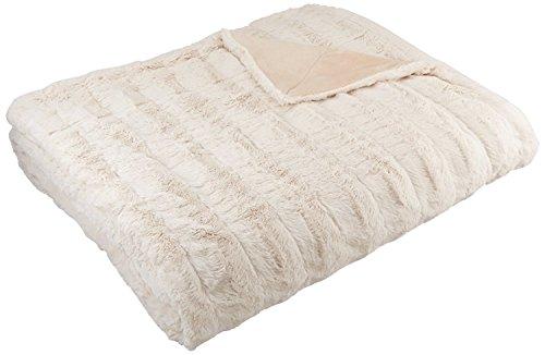 AmazonBasics - Manta de piel sintética, 150 x 200 cm, color marfil
