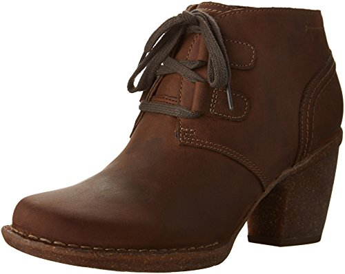 Clarks Women's Carleta Lyon Boot, Brown Oiled Nubuck, 9.5 M US