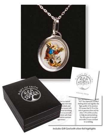 St Michael 15mm Sterling zilveren hanger medaillon met sterling zilveren ketting, kaart op zoek naar sterling zilver in een kunstlederen doos dubbel hart tinnen liefde token brooch, BNIB