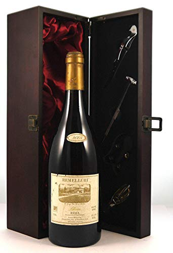 Rioja Blanco 2005 Remelluri en una caja de regalo forrada de seda con cuatro accesorios de vino, 1 x 750ml