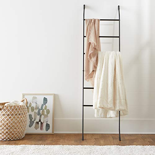 AmazonBasics Leaning Ladder Rack for Blankets or Towels