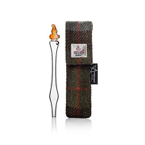 Whisky Water Dropper in Harris Tweed geval door Angels' Share Glass