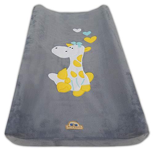 BlueSnail Ultra Soft Changing Pad Cover (Gray Giraffe)