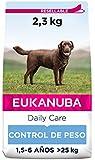 Eukanuba Daily Care Alimento seco para perros adultos de raza grande, receta de control de peso con pollo fresco 2,3 kg