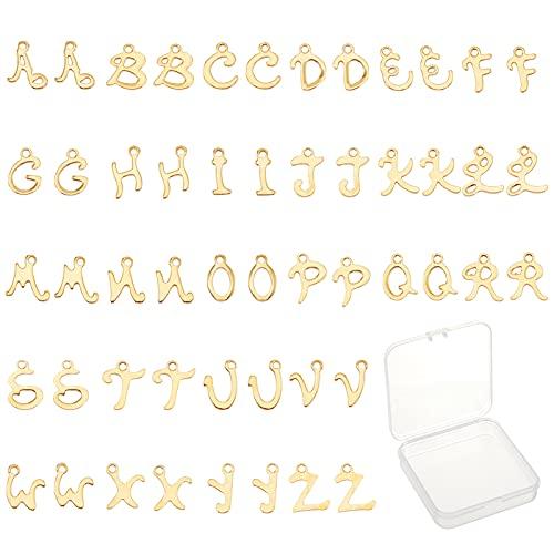 SUNNYCLUE 2セット52個 アルファベット チャーム イニシャル パーツ ブレスレット 文字 ペンダント レター ネックレス デコパーツ チョーカー ゴールド色 26文字セット A-Z柄 ステンレス鋼 合金ペンダント メタルパーツ チャームパーツ
