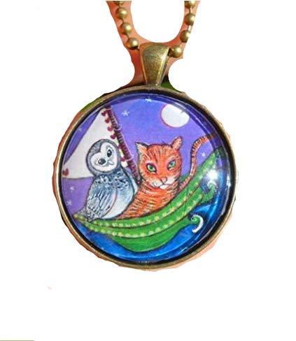 Halskette mit Anhänger Eule und die Pussycat, Geschenk für Mädchen und Frauen, skurriler Kunstschmuck, Glas-Fliesen, Bronze-Halskette