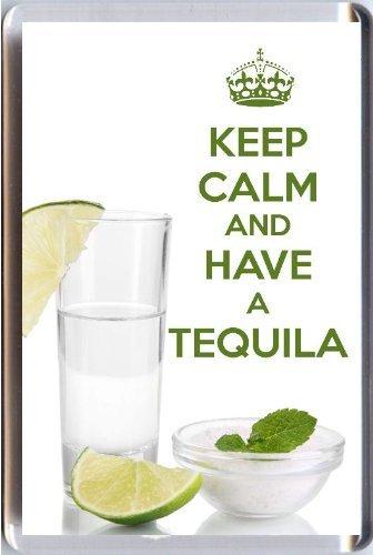 KEEP CALM und HAVE A TEQUILA Kühlschrankmagnet auf ein Bild von einem Schuss Glas Tequila mit einem Kalk und eine Schüssel Salz gedruckt. Ein einzigartiges Geschenk für einen Tequila Liebhaber.