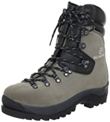 Classically styled mountain boot. Double tongue for an excellent fit. Gusseted tongue for complete protection. Durable rough out uppers. Ideal construction with tall cuff for foresters and wildland firefighters.