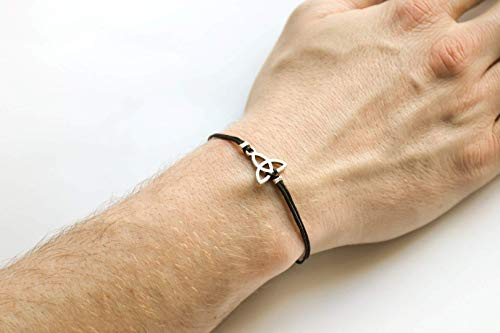 Trinity bracelet for men, men's Triquetra bracelet with black cord, silver charm. celtic knot, gift for him, spiritual jewelry, men jewelry