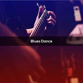 BLUES DANCE