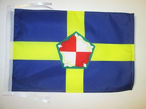 AZ FLAG Flagge GRAFSCHAFT PEMBROKESHIRE 45x30cm mit Kordel - PEMBROKESHIRE Fahne 30 x 45 cm - flaggen Top Qualität