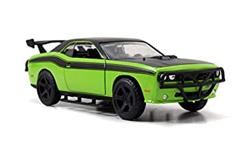 Jada 97140 Toys FF Dodge Challenger Diecast Vehicle Green 1 32 Scale Green/Black