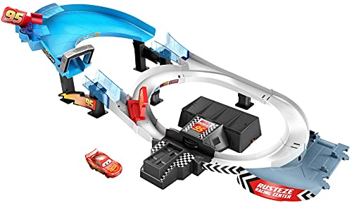 Disney Pixar Cars Rust-Eze Double Circuit Speedway Playset Test Track Set For Drift, Race and Crash Competitions, With Lightning McQueen Vehicle, Kids Birthday Gift For Ages 4 Years and Older