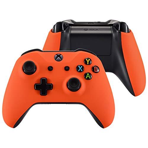 eXtremeRate Carcasa para Xbox One Funda Delantera Agarre Izquierdo Derecho Protectora de la Placa Tacto Suave Cubierta Antideslizante Asa Mango para Mando de Xbox One S/X(Model 1708) Naranja