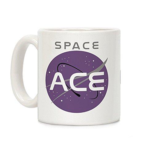 Space Ace weiß 11Unze Keramik Kaffee Becher von lookhuman