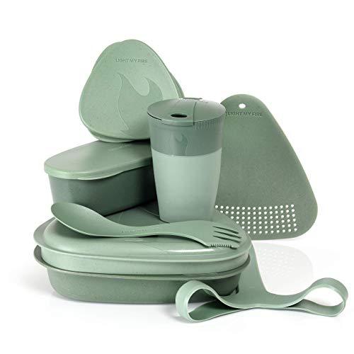 Light My Fire Set Vaisselle Camping - Kit Picnic 8 Couverts Camping - Vaisselle Plastique Reutilisable 100% sans BPA - Micro-Onde & Lave-Vaisselle - Couverts Pique Nique Cuisine Camping Et Randonnée