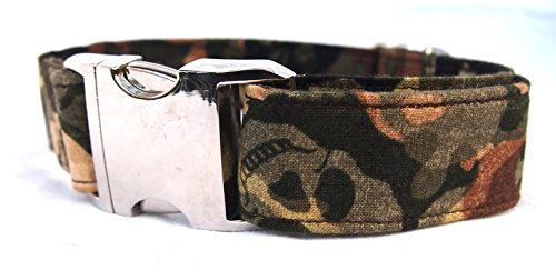 Hunde Halsband Army Skull mit Totenköpfen verstellbar von 34-54 cm, 3 cm breit, Metallverschluss von stitchbully cool wie Bundeswehrlook, Soldatenlook, Tarnfarbe