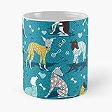 Desconocido Dog Patterns Turquoise Blue Illustration Illustrations Brown Aqua Dogs Pattern Taza de café con Leche 11 oz