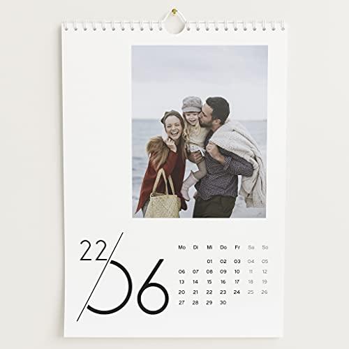 sendmoments Fotokalender 2022, Jahreskalender, Wandkalender mit persönlichen Bildern, Kalender für Digitale Fotos, Spiralbindung, DIN A4 Hochformat, optional mit Veredelung